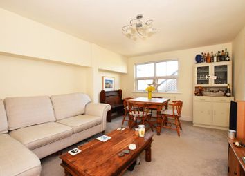 Thumbnail 2 bedroom flat for sale in New Town, Uckfield