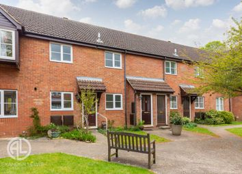 Thumbnail 2 bed maisonette for sale in High Avenue, Letchworth Garden City