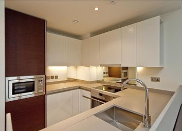 Thumbnail 1 bed flat to rent in South Quay, Canary Wharf
