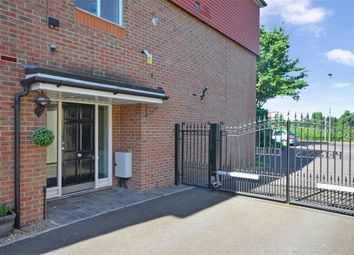 Thumbnail 2 bedroom flat for sale in Rose Hill, Sutton, Surrey