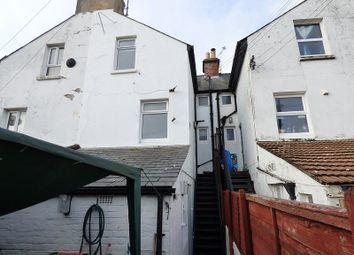 Thumbnail 2 bedroom flat to rent in Bayford Road, Littlehampton