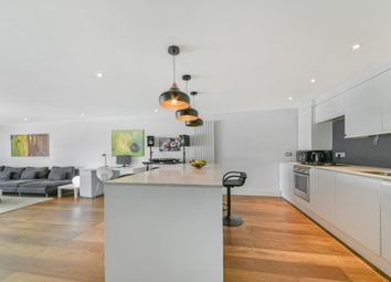 Thumbnail 1 bed flat for sale in Stane Grove, Clapham, London