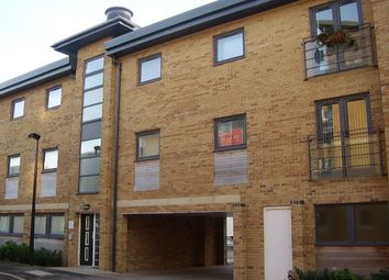 Thumbnail 2 bedroom flat to rent in Periwinkle Court, Swindon