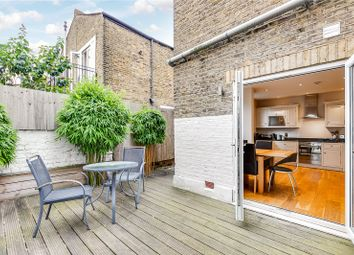 2 bed flat for sale in Wardo Avenue, Fulham, London SW6