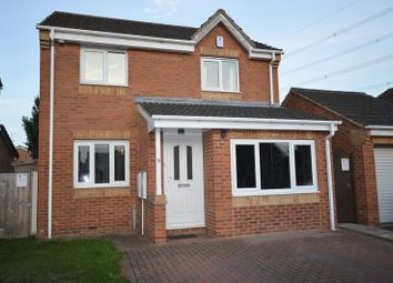 Thumbnail 4 bed detached house for sale in Fitzgerald Close, Castleford