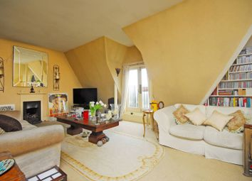 Thumbnail 1 bed flat for sale in Crescent Road, Crouch End