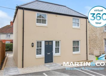 2 bed flat to rent in Adcroft Street, Trowbridge, Wiltshire BA14