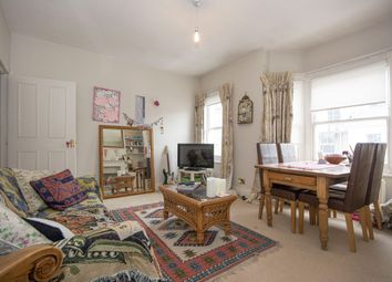Thumbnail 2 bed flat to rent in Rowena Crescent, Battersea