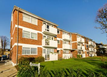 Thumbnail 2 bed flat for sale in Alexandra Road, Kingston