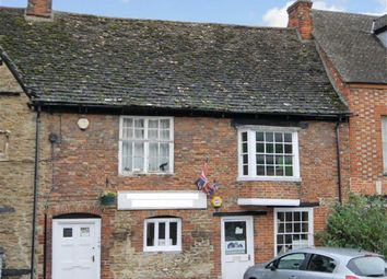 Thumbnail 2 bedroom cottage for sale in High Street, Highworth, Wiltshire
