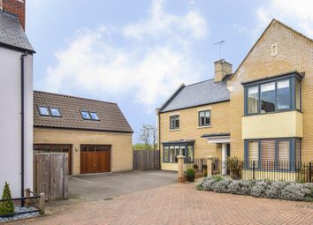 5 bed detached for sale in Abbey Place