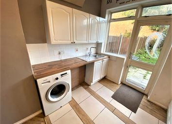 3 bed terraced house to rent in Wards Road, Ilford IG2