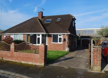 Thumbnail 2 bed bungalow to rent in Roseleigh Close, Maidenhead