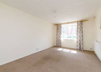 2 bed maisonette to rent in Smallwood Road, Tooting SW17
