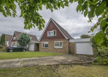 Thumbnail 4 bed detached house to rent in Meadow Close, Goring, Reading