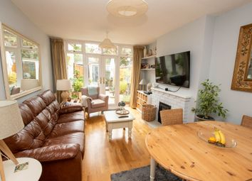 3 bed end terrace house for sale in Upton Close, Henley-On-Thames RG9