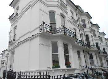 Thumbnail Studio to rent in Clifton Hill, Brighton