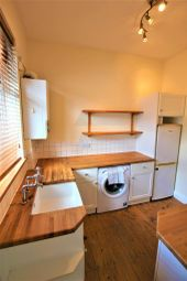 Thumbnail 1 bedroom flat to rent in Durban Road West, Watford, Herts