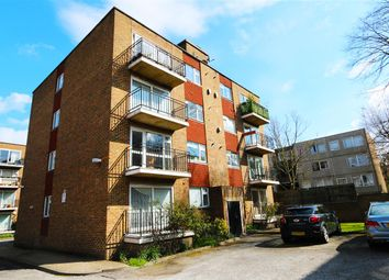 Thumbnail 3 bed flat to rent in Queens Gate Gardens, London