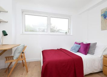 Room to rent in Capstan Square, Isle Of Dogs, London E14