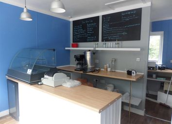 Thumbnail Restaurant/cafe for sale in Cafe & Sandwich Bars LS5, Kirkstall, West Yorkshire