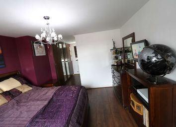 Room to rent in Room 3, Saxthorpe Road, Hamilton LE5