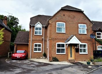 Thumbnail 4 bed detached house for sale in The Cuttings, Thatcham