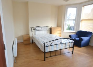 Thumbnail Room to rent in Roseberry Gardens, London