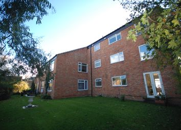 Thumbnail 2 bedroom flat to rent in Mill Street, Berkhamsted