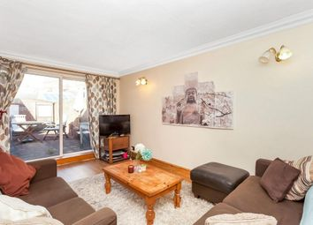 Thumbnail 4 bed flat to rent in Brayford Square, London