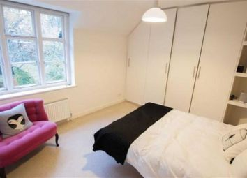 Thumbnail 3 bedroom cottage to rent in Creswick Walk, Golders Green
