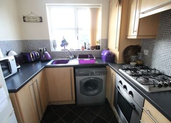 Thumbnail 2 bed property to rent in Buckingham Way, Castleford