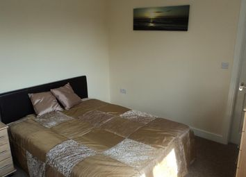 Thumbnail Room to rent in Long Lane, Bexleyheath, Kent