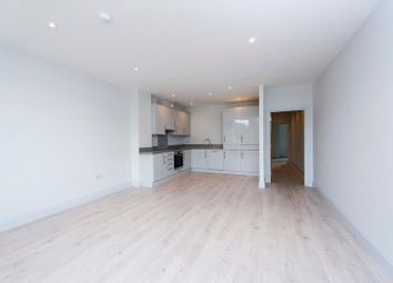 Thumbnail 2 bed flat to rent in Rivia House, High Road, Whetstone, London