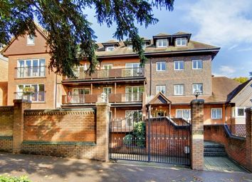 2 bed flat to rent in Wimbledon Hill Road, London SW19