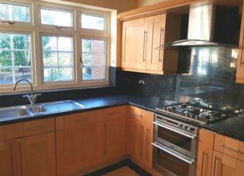 Thumbnail 2 bed detached house to rent in High Road, Woodford Green