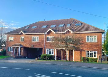 Thumbnail 1 bed flat to rent in Eskdale Avenue, Chesham