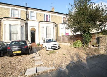 Thumbnail 2 bed flat to rent in Alexandra Grove, West Finchley