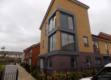 Thumbnail 4 bed town house to rent in Reading, Greenham Avenue