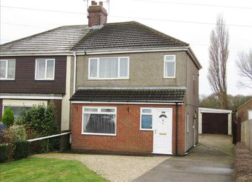 3 bed semi-detached house to rent in Doncaster Road, Gunness, Scunthorpe DN15