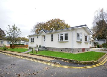 Thumbnail 2 bedroom mobile/park home for sale in Hook Street, Royal Wootton Bassett, Swindon