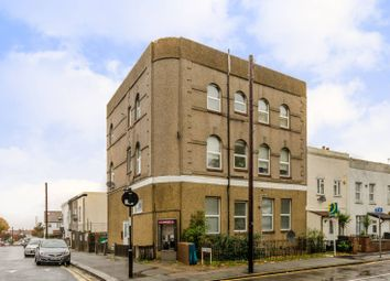 Thumbnail 1 bed flat for sale in Pawsons Road, Croydon