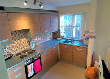 2 bed flat to rent in Ladybarn Court, Fallowfield, Manchester M14