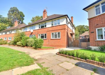 Lloyd Court, Pinner, Middlesex HA5. 2 bed maisonette