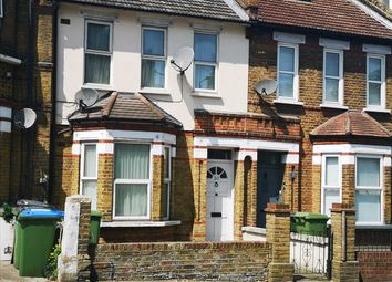3 bed property for sale in Griffin Road, Plumstead, London SE18