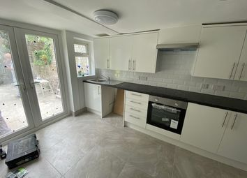 Thumbnail 2 bed flat to rent in Florence Street, Isington