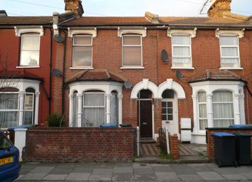 Thumbnail Studio to rent in Fairfield Road, London