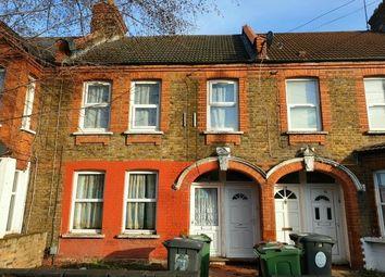 Thumbnail 1 bed flat to rent in Kettlebaston Road, London