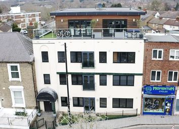 Thumbnail 2 bed flat for sale in High Street, Brentwood