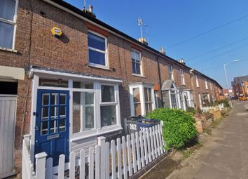 Thumbnail Property to rent in Bellingdon Road, Chesham